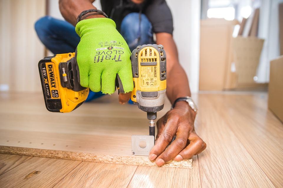 Le bois : une bonne solution pour le plancher de la maison